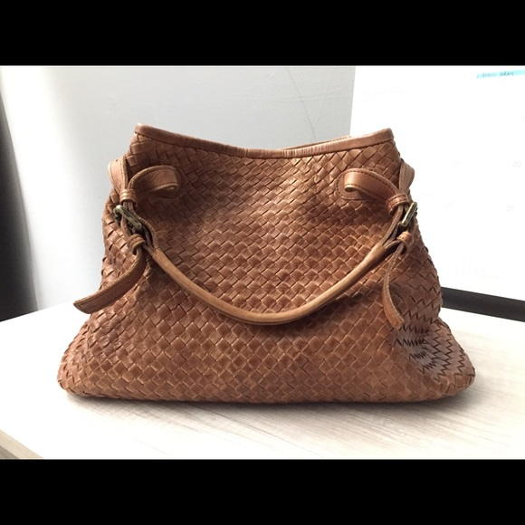 Fresh Valentina Italian Leather Woven Handbag Like New   Poshmark EB18